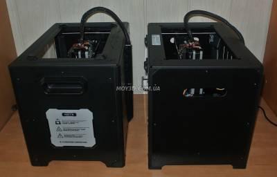 Вид справа 2х принтеров